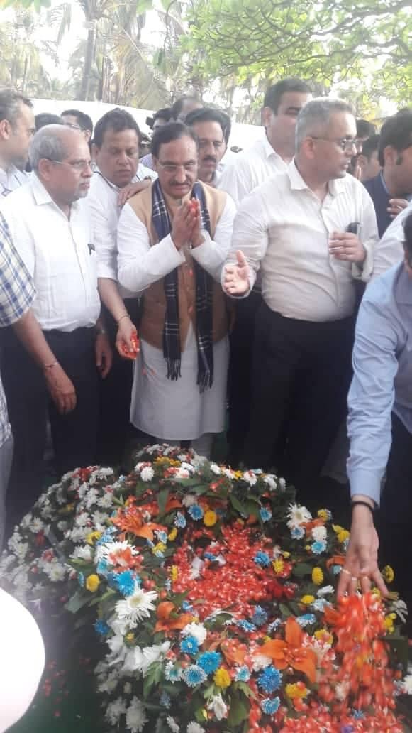 गोवा के सीएम को डॉ. 'निशंक' ने नम आंखों से दी अंतिम विदाई