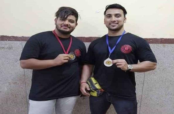 देवभूमि के इन वेट लिफ्टर्स ने बढ़ाया मान, झारखंड की वेट लिफ्टिंग प्रतियोगिता में जीता पदक