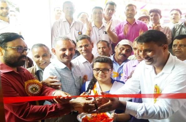विधायक प्रीतम सिंह पंवार ने किया स्मार्ट क्लास का शुभारम्भ