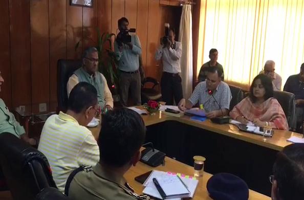 डेंगू पर मुख्यमंत्री ने ली समीक्षा बैठक