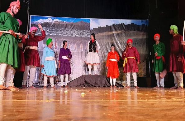 दून में तीलू रौतेली नाटक… दिखाया तीलू रौतेली का अदम्य साहस