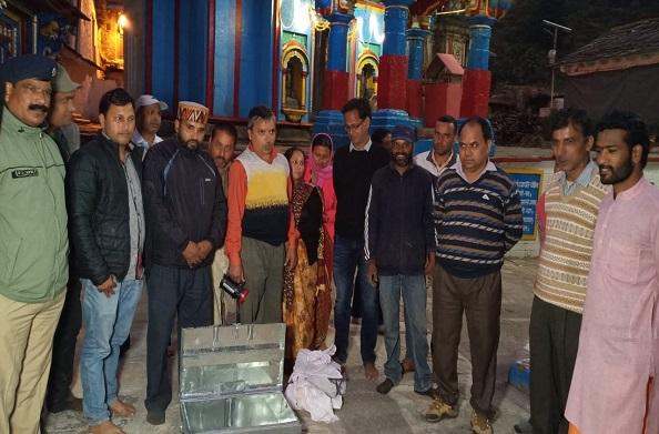 ओंकारेश्वर मंदिर के हक हकूकों पर विवाद जारी…  केदारनाथ मंदिर के रावल ने दिया विवादित बयान !