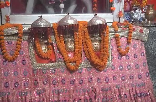 शारदीय नवरात्रों की धूम… लेहड़ा देवी मंदिर में लगता है भक्तों का तांता