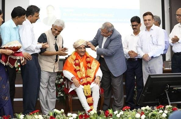 एनआईटी सूरतकल, कर्नाटक के हीरक जयंती वर्ष समारोह में पहुंचे HRD मंत्री रमेश पोखरियाल 'निशंक'