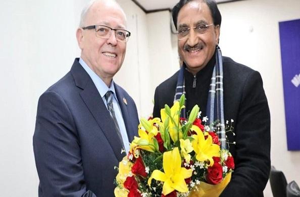HRD मंत्री डॉ. निशंक ने कनाडा सीनेट के शिष्टमंडल से की मुलाकात