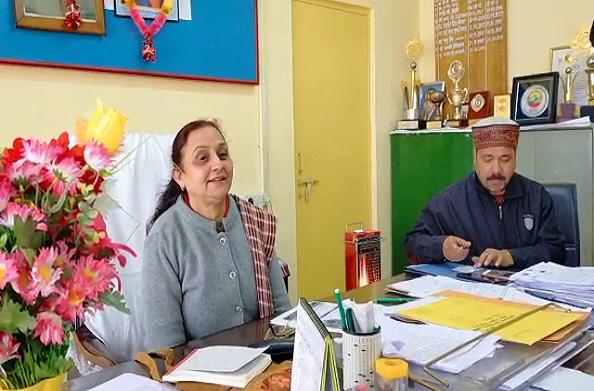 टिहरी: सीएमओ डॉ. मीनू रावत ने कोरोना वायरस से निपटने के बताए तरीके