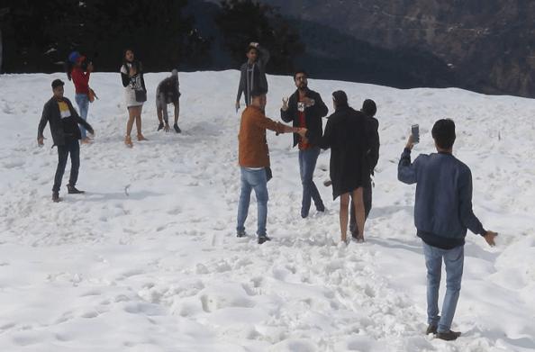 रुद्रप्रयाग: मिनी स्विट्जरलैंड के दीदार को पहुंचे पर्यटक
