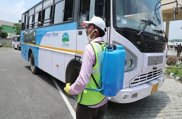 हरिद्वार से 33 प्रवासियों को हिमाचल भेजा गया