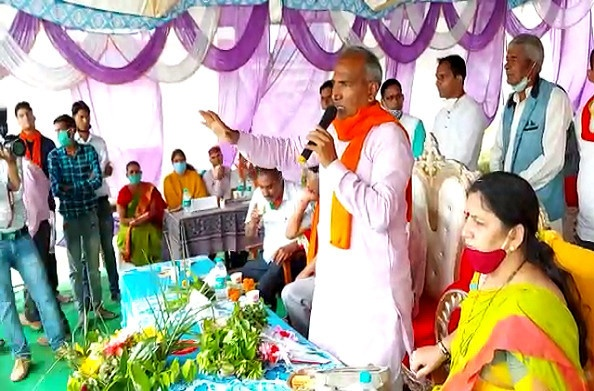 टिहरी: शिक्षा मंत्री अरविंद पांडेय ने घनसाली के विद्यालयों के पौध रोपण कार्यक्रम में किया प्रतिभाग