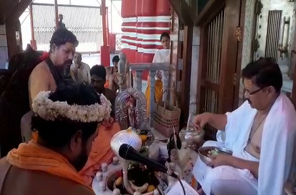 भाजपा उपाध्यक्ष श्याम जाजू पहुंचे हरिद्वार, शिव मंदिर में किया रुद्राभिषेक