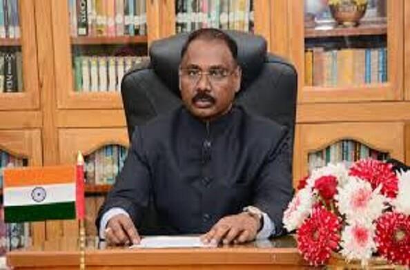 भारत के नए सीएजी बने गिरीश चंद्र मुर्मू, राष्ट्रपति ने दिलाई मुर्मू को पद एवं गोपनीयता की शपथ