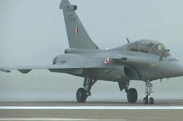 वायुसेना में शामिल हुए पांच राफेल लड़ाकू विमान