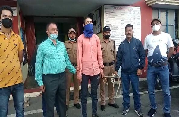 बेरीनाग: ग्राम प्रधान पुष्कर सिंह की हत्या, हत्या करने वाला युवक गिरफ्तार