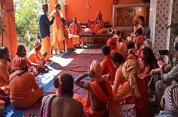 थराली पहुंची ऐतिहासिक छड़ी यात्रा, बेतालेश्वर मंदिर में की गई पूजा अर्चना