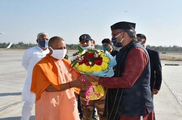 2 दिवसिय दौरे पर CM योगी, CM त्रिवेंद्र के साथ करेंगे बाबा केदार और बदरी के दर्शन