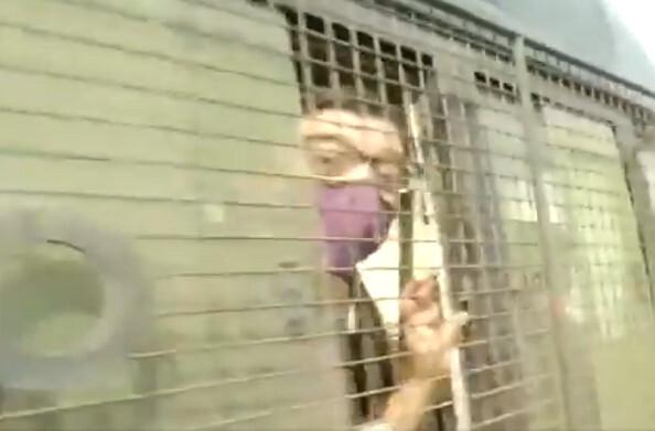 इंटीरियर डिजाइनर आत्मदाह मामले में पत्रकार अर्नब गोस्वामी गिरफ्तार