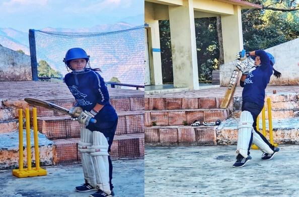 रूद्रप्रयाग की सभ्या और बबीता क्रिकेट में मचाएंगी धमाल, अंडर 19 के लिए किया है रजिस्ट्रेशन, कड़ी मेहनत से तराश रही हैं हुनर