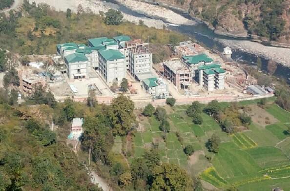 हंस फाउंडेशन सतपुली अस्पताल में डायलिसिस की सुविधा भी उपलब्ध