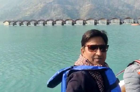 कुमार विश्वास ने टिहरी झील में की बोटिंग, कहा- गढ़वाल के लोग बहुत प्यारे होते हैं