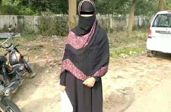 धर्मनगरी हरिद्वार में तीन तलाक का अजीबोगरीब मामला सामने आया गुर्दा ना देने पर महिला को दे दिया तीन तलाक पुलिस ने किया मुकदमा दर्ज