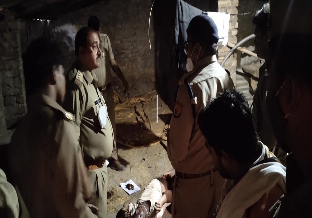 अयोध्या : हनुमानगढ़ी के चरण पादुका के गौशाला में नागा साधु की हत्या से हड़कंप