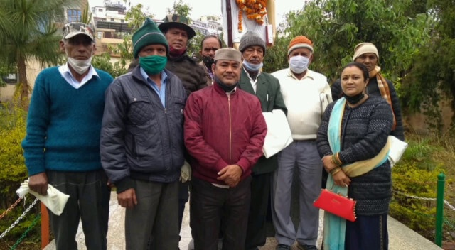 पेशावर कांड दिवस के अवसर पर एकता मंच ने किया पूर्व सैनिकों को सम्मानित