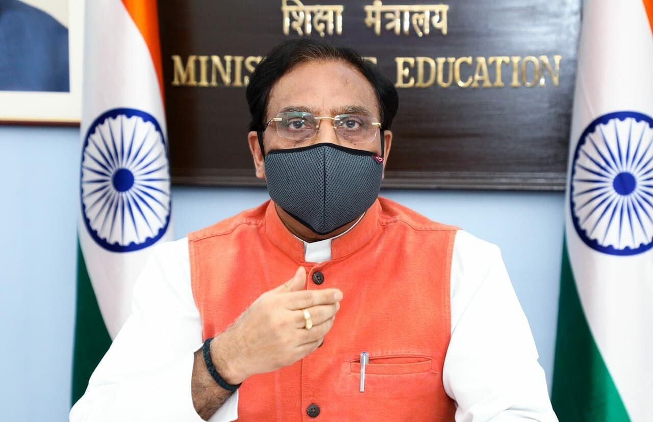 केंद्रीय शिक्षा मंत्री डॉ. रमेश पोखरियाल 'निशंक' की तबीयत बिगड़ी ,एम्स में हुए भर्ती