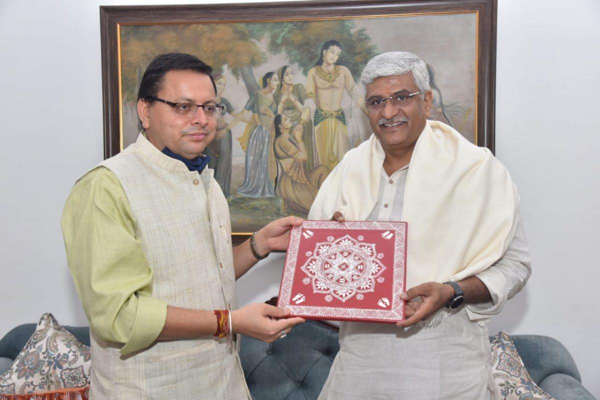 दिल्ली: केंद्रीय जल शक्ति मंत्री गजेंद्र सिंह शेखावत से मिले मुख्यमंत्री पुष्कर सिंह धामी, कई पिरयोजनाओं पर हुई चर्चा