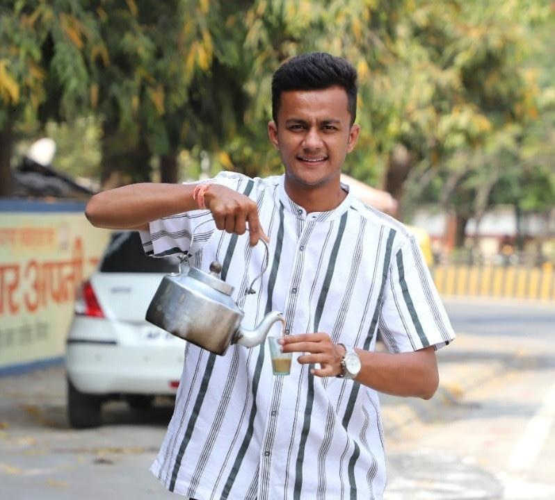 अहमदाबाद : MBA चाय वाला की ये कहानी है बड़ी दिलचस्प ,आज चाय बेचकर कमा रहे लाखों रूपए