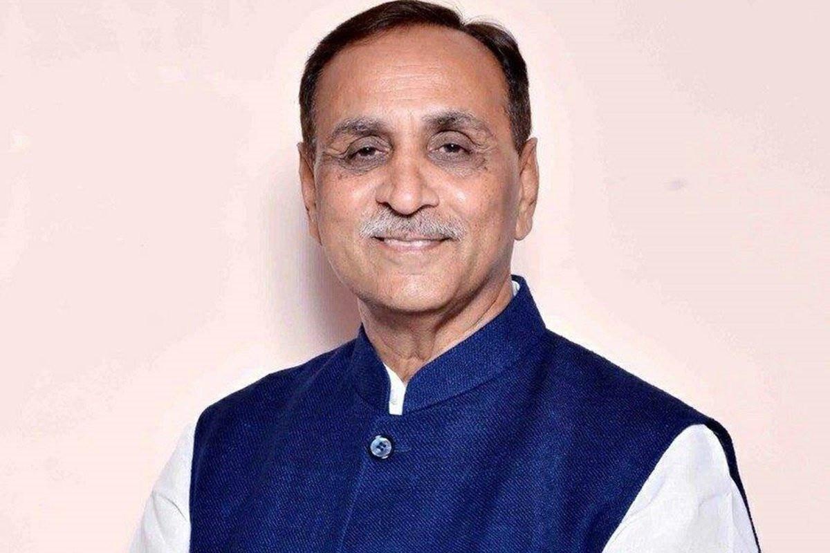 बड़ी खबर : गुजरात के सीएम विजय रूपाणी ने दिया इस्तीफा