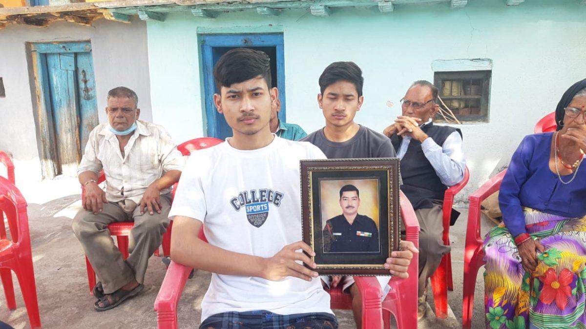 टिहरी के एक और लाल सूबेदार अजय रौतेला आतंकी मुठभेड़ में हुए शहीद